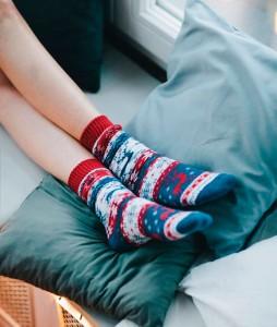 #13-kolorowe-zimowe--ocieplane-skarpety-skarpetki-manymornings-warm-rudolph-urbanstaffshop-casual-streetwear-(2)