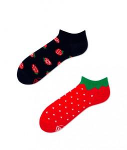 #4-kolorowe-stopki-skarpetki-manymornings-strawberries-low-urbanstaffshop-casual-streetwear-(1)