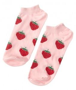 #22-stopki-skarpety-skarpetki-clew-strawberries-urbanstaff-streetwear-casual-(2)