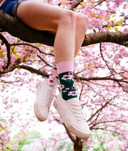 #38-kolorowe-skarpety-skarpetki-manymornings-cherry-blossom-urbanstaffshop-casual-streetwear-(2)