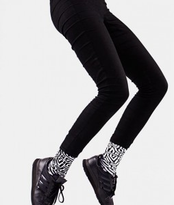 #43-skarpety-skarpetki-kolorowe-manymornings-black-maze-casual-streetwear-urbanstaff (2)