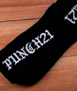 #11-skarpety-biale-sportowe-punch-gothic-black-urbanstaff-casual-streetwear-1 (2)
