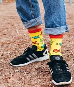 #28-skarpety-skarpetki-soberay-stinky-buddy-keith-haring-yellow-urbanstaff-casual-streetwear-1