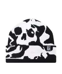 92#-zimowa-czapka-urbanplanet-cn14-skull-bw-urbanstaff-casual-streetwear-(1)