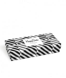 #35-skarpety-skarpetki-zestaw-happy-socks-seasonal-black-white-gift-box-4-pak-(XBLW09-9100)-urbanstaff-casual-streetwear-2