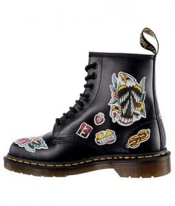 10#-glany-dr-martens-1460-chris-lambert-black-multi-chris-lambert-backhand-dm24243001-urbanstaff-casual-streetwear-1 (12)