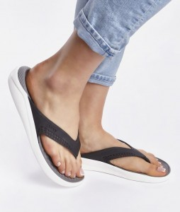 10#-japonki-crocs-literide-flip-blacksmoke-205182-05m-urban-staff-casual-streetwear-1 (1)