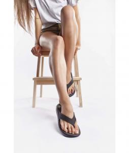 11#-japonki-crocs-literide-flip-blackslate-grey-205182-0dd-blackslate-grey-urban-staff-casual-streetwear-1 (1)