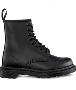 19-glany-dr-martens-1460-mono-black-dm14353001-urbanstaff-casual-streetwear-1-1