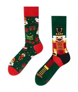 116#-kolorowe-skarpetki-many-mornings-the-nutcracker-socks-regular-urbanstaff-casual-streetwear-(1)