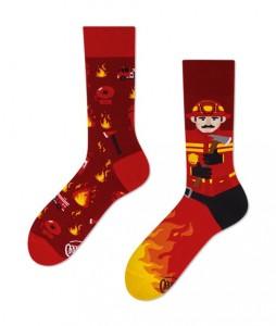 121#-kolorowe-skarpetki-many-mornings-the-fireman-socks-regular-urbanstaff-casual-streetwear-(1)