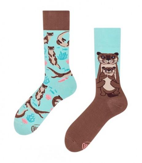 124#-kolorowe-skarpetki-many-mornings-otter-stories-socks-regular-urbanstaff-casual-streetwear-(1)