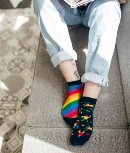 44#-kolorowe-skarpetki-stopki-manymornings-over-the-rainbow-low-urbanstaff-casual-streetwear-(2)
