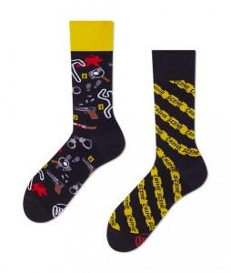 127#-kolorowe-skarpetki-many-mornings-clue-detective-socks-regular-urbanstaff-casual-streetwear-(1)