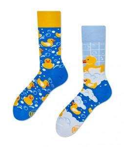 134#-kolorowe-skarpetki-many-mornings-bath-ducks-socks-regular-urbanstaff-casual-streetwear-(1)