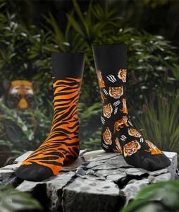 138#-kolorowe-skarpetki-many-mornings-feet-of-the-tiger-socks-regular-urbanstaff-casual-streetwear-(2)